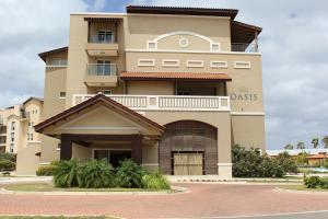 Oasis Ocean View, Appartamenti  Palm-Eagle Beach - big - 2
