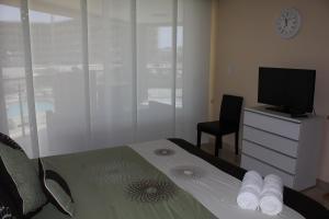 Oasis Ocean View, Apartments  Palm-Eagle Beach - big - 20