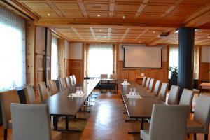 Hotel-Restaurant Bellevue, Hotely  Flims - big - 45