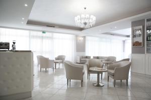 Hotel Leon - Ristorante Al Cavallino Rosso - AbcAlberghi.com