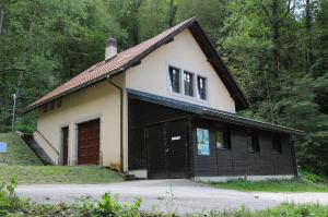 Dortoir Maison Monsieur, Hostely  La Chaux-de-Fonds - big - 12