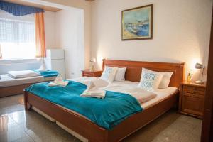 Hotel Atlantis - Kindsbach