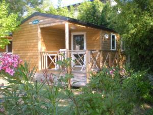 Location gîte, chambres d'hotes Eco-Lodge Lou Pantaï dans le département Var 83