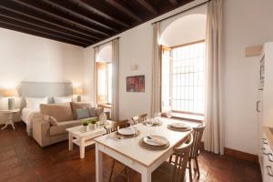 Apartamentos Casa del Aceite, Apartmány  Córdoba - big - 63