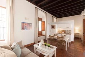 Apartamentos Casa del Aceite, Apartmány  Córdoba - big - 61