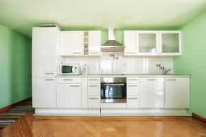 Apartments Villa Happy, Ferienwohnungen  Tivat - big - 7