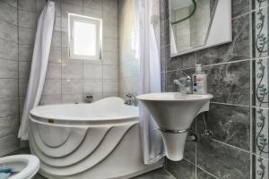 Apartments Villa Happy, Ferienwohnungen  Tivat - big - 29