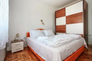 Apartments Villa Happy, Ferienwohnungen  Tivat - big - 33