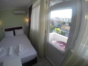 Arat Apartments, Апарт-отели  Стамбул - big - 163
