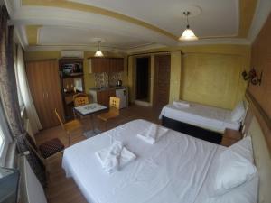 Arat Apartments, Апарт-отели  Стамбул - big - 137
