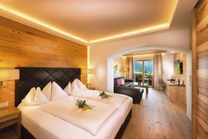 Verwöhnhotel Berghof - Hotel - St Johann im Pongau