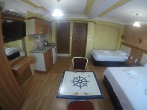 Arat Apartments, Апарт-отели  Стамбул - big - 123