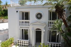 Muta House - AbcAlberghi.com