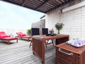 Apartment Barcelona Rentals - Penthouse with Terrace