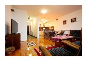 Apartment Chardak
