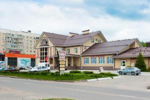 Отель Гранд, Павловск