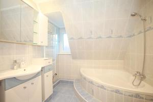 Private House Best Schweid (5871), Apartmány  Hannover - big - 16