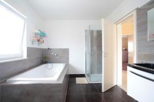 Private House Best Holz (5338), Apartmány  Hannover - big - 9