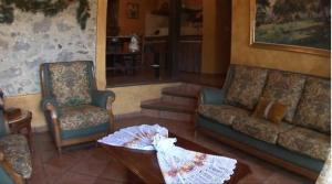 Allotjaments Rurals Can Pere Petit, Apartmanok  Santa Pau - big - 23