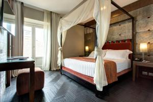 Mascagni Luxury Rooms & Suites - AbcAlberghi.com