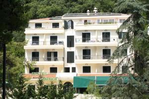 Hotel Danica, Петровац