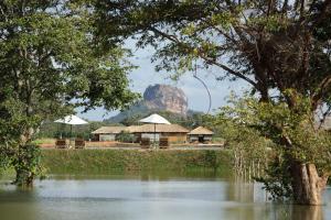 Water Garden Sigiriya Hotel (33 of 98)