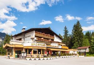Raffl's Hotel, Hotely  Leutasch - big - 1
