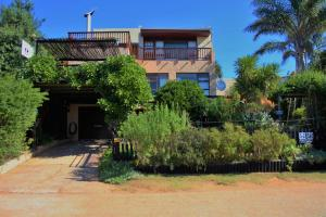 A1 Kynaston Accommodation, Bed and Breakfasts  Jeffreys Bay - big - 173