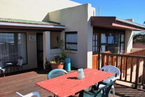 A1 Kynaston Accommodation, Bed and Breakfasts  Jeffreys Bay - big - 321