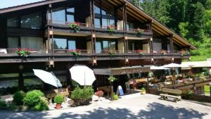 Hotel-Restaurant Jägerhof - Engelsbrand