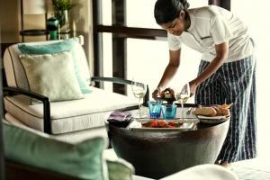 Four Seasons Resort Maldives at Kuda Huraa (28 of 44)