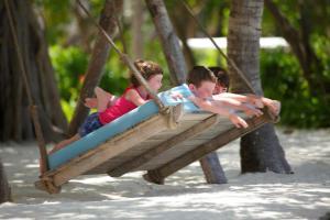 Four Seasons Resort Maldives at Kuda Huraa (26 of 44)