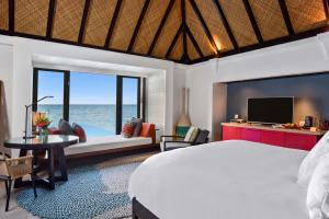 Four Seasons Resort Maldives at Kuda Huraa (11 of 44)
