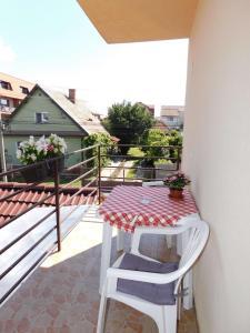 Garsoniera Strada Bucegi, Appartamenti  Sibiu - big - 9