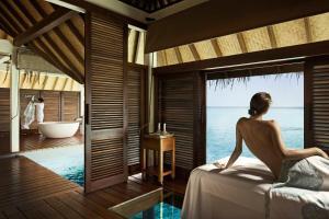 Four Seasons Resort Maldives at Landaa Giraavaru (18 of 52)