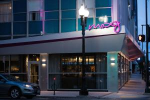 MOXY New Orleans Downtown/French Quarter Area (3 of 119)