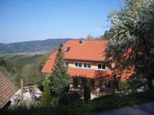 Langenberghof - Erzenbach
