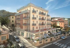 Hotel Monica - AbcAlberghi.com