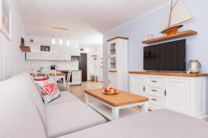 Deluxe One-Bedroom Apartment with Balcony - 205 Jantar Apartament - Exclusive Marine Polanki