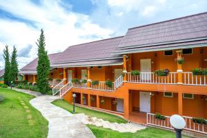 Phukaew & Adventure Park Resort - Nakhon Thai