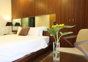 Au Viet Hotel, Hotel  Hanoi - big - 49