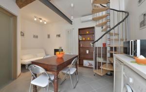 Massarenti 3 Levels Apartment, Ferienwohnungen  Bologna - big - 9