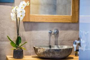 Portes Suites & Villas Mykonos, Hotel  Glastros - big - 10