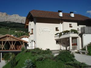 Residence Miraval - AbcAlberghi.com