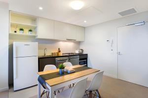 Studio# on Collins, Апартаменты  Мельбурн - big - 5