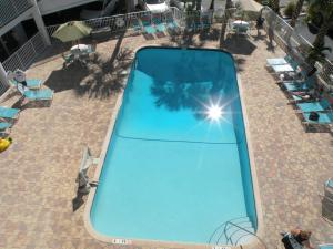 Pelican Pointe Hotel, Motely  Clearwater Beach - big - 35