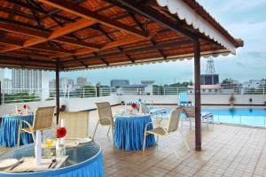 Hotel Park Residency, Kakkanad, Hotel  Kakkanad - big - 19