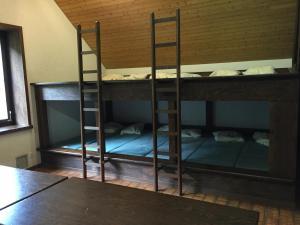Dortoir Maison Monsieur, Hostely  La Chaux-de-Fonds - big - 4
