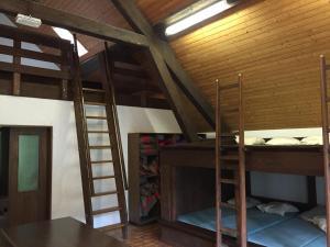 Dortoir Maison Monsieur, Hostely  La Chaux-de-Fonds - big - 6