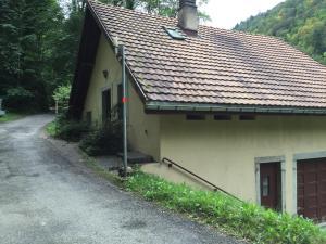 Dortoir Maison Monsieur, Hostely  La Chaux-de-Fonds - big - 8